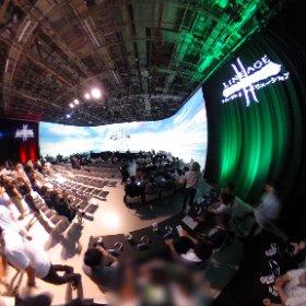 メイン会場は巨大スクリーンがすごい! そして優勝しました! #リネレボ #リネレボリーグ #theta360