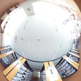 弘前医療福祉大学 総合図書館 2階 #theta360