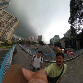 広州。  にわかに空が曇ってきました。 #theta360