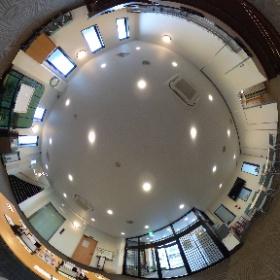 本館1階ロビーです。