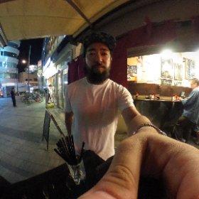 逗子駅前の立ち飲み屋。初。 #theta360