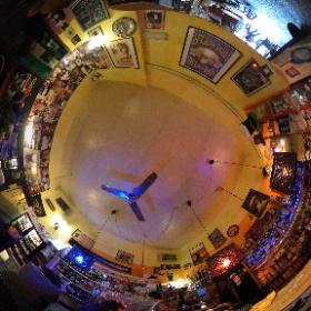 Pub OZNE in Prato #theta360 #theta360de