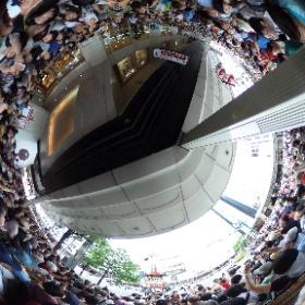祇園祭見に来たと言うより人を見に来たと言っても過言ではない今日の四条河原町 #全天雲カメラ #京都 #祇園祭 #kyoto #theta360