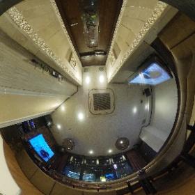 お部屋の中をちょっと紹介!この部屋はモニター2台設置で大きめのお部屋です!夜は夜景も楽しめます!#パセラ #渋谷 #カラオケ #theta360