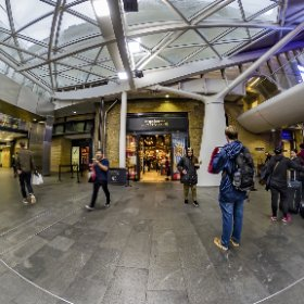 The Harry Potter Shop at Platform 9 3/4 #thetaz1 #thetaのある生活 #theta360