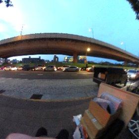 文博會撤場,累癱欣賞路邊夕陽 #自備折疊椅 #theta360