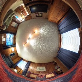 Master Bedroom in Bountiful Cabin at the Alpen Way Chalet Mountain Lodge in Evergreen, Colorado #Evergreen #Colorado #Lodge #AlpenWayChalet #theta360