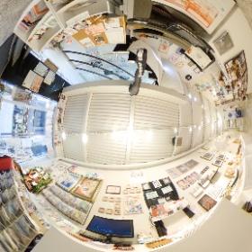 アートスープ(@GalleryArtsoup )さんで現在開催中の「常設作家  #ピックアップ展 」のVRパノラマ画像であります。 #群馬 #前橋 #展示会 #アートスープ #GalleryArtsoup  #theta360
