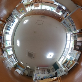 MADOショップ豊橋牛川通店室内展示・商談スペースです。