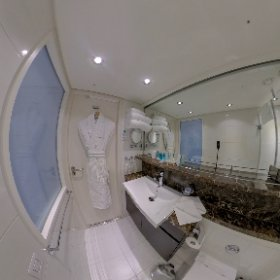 Take a 360 degree look around our bathroom on the #AmaWaterways #AmaLea! This is in room 310, a category AA. #wlr310 #theta360