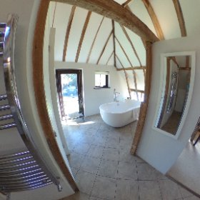 The Canterbury Suite at Elvey Farm in 360 by WeddingStoryMakers.com #theta360 #theta360uk