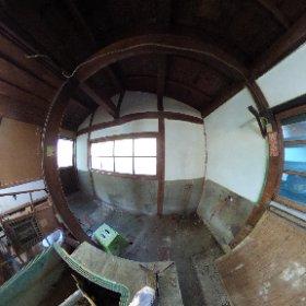 黒い家のダイドコ、漆喰を塗った後。