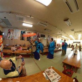 岐阜から名古屋の移動中に立ち寄った温泉で大衆芸能を堪能しております〜