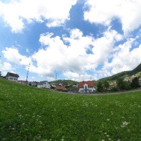 Gut besonntes Bauland mit Aussicht nahe Dorfkern in Nunningen zu verkaufen