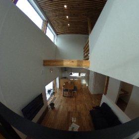 STV興発の新モデルハウス「アヤメブキノイエ」が分譲地「センティヴェール厚別東(札幌市厚別区)」に誕生!立体感を演出する『中2階』が特徴です。是非、ご覧ください。 #theta360