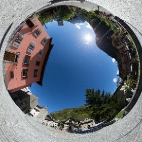 Piazza di Sonogno, Valle Verzasca. ©fFOTOPEDRAZZINI.CH