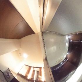 360度画像で賃貸マンションの内見ツアー  ■ガレリアグランデ■ バスルーム、洗面脱衣所 東京都江東区有明1-2-11  http://www.axel-home.com/000264.html  FOR RENT ■GALLERIA GRANDE■ BATH ROOM 1-2-11,ARIAKE,KOTO-KU,TOKYO,JAPAN  CLICK HERE↓  #theta360