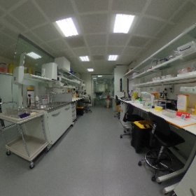 Take a tour of the @EMSTP @TheCrick - the vitrification lab