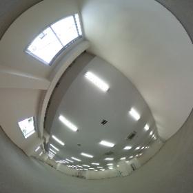 東芝立川ビル 2階①