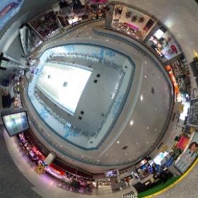 Centro Comercial Los Valles, en Collado Villalba. Fotografía realizada por Flash Fotógrafo para áreA-6.