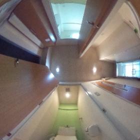 玄関 トイレ