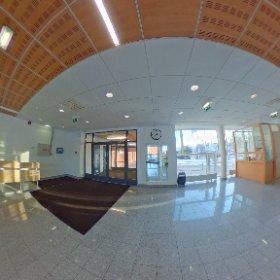 Eesti Maaülikooli Tehnikamaja fuajee. #theta360