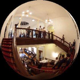 綱町三井倶楽部で妖しい人たちとシータV #theta360