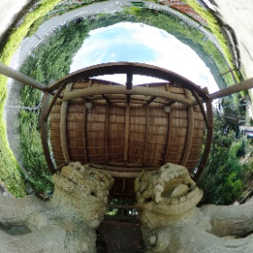 2016.7.16 陶町大川 祇園祭 「世界一のこま犬」で有名な陶町大川の八王子神社にて開催。 こま犬は、平成2年(1990)製作、高さ約3.3m、総重量15トン、世界一(ギネス認定)の美濃焼こま犬は、大川窯4代目羽柴与左衛門景度の作品をモデルに、市制35周年・高浜市との姉妹都市提携を記念して、地元の人々の力の集結により生まれたものです。 http://xn--w0w51m.com/ookawagion/