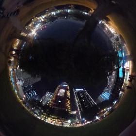 シンガポールの夜は #theta360