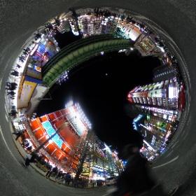 夜の街を往く電子の歌姫 in Akihabara #miku360 #theta360