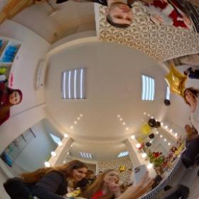 veskrimcom Открытие салона ГАЛЕРЕЯ КРАСОТЫ https://www.instagram.com/beautygallery.yalta/ #theta360