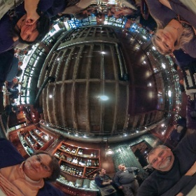 Butcher and Boar in Minneapolis MN and friends enjoy an evening out. #theta360