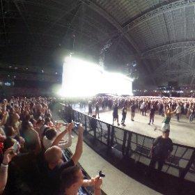 U2 Singapore Where The Streets Have No Name 360 shot #U2JT19 #U2Singapore  #TheJoshuaTreeTour2019