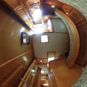 50' Hinckley Starboard Guest Stateroom #theta360