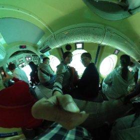 原來潛水艇裡長這樣啊!! #theta360