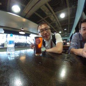 ダブリン空港での最後のビール
