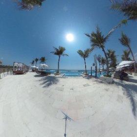 LV8 Resort #theta360