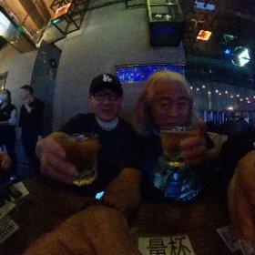 喝啤酒!!