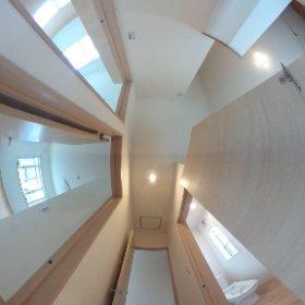 福岡町一戸建て3LDK新築 2階廊下 #theta360