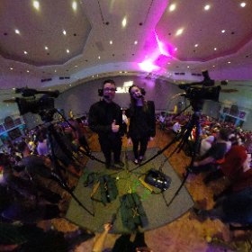 Cams 1 & 2, Kobe Butts & Marz Barberio, ready for the show to begin. #theta360
