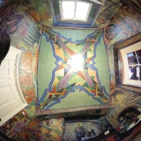 チェコ・リトミシュルにある、鬼才の画家の丸ごとアート ポルトモネウム