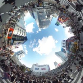 20131224渋谷スクランブル交差シータ  #theta360