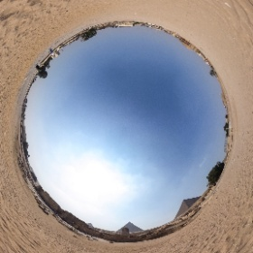 The Sphinx between the Pyramids of Giza #Egypt #Pyramids #Giza #Cairo #Sphinx #theta360 #theta360de