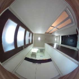 チサトハイツ 室内廊下