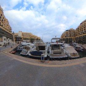 マルタ島 テーマパークのようなヒルトンホテル近くの景色 #theta360
