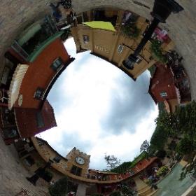 ปาลิโอ pailo เขาใหญ่ khaoyai เที่ยวเขาใหญ่   http://www.relaxzy.com  เที่ยวปาลิโอ ปาลิโอ เขาใหญ่ (Palio Khao Yai) ปากช่อง ข้อมูลสถานที่ท่องเที่ยวเขาใหญ่ ปาลีโอ้ อิตาลีเมืองไทย ตกแต่งสไตล์ยุโรป สีสันโดดเด่น เหมาะถ่ายรูป ปาลิโอ้ เขาใหญ่ (Palio) #theta360