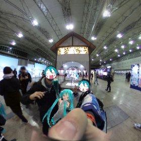 久しぶりにミクシータ持ち出した!やっぱ360度カメラおもしれぇ。マジカルミライ2020、今年も楽しめてよかったなぁ #miku360 #初音ミク #マジカルミライ2020 #theta360