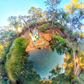 Roley Pool Reserve natural ponds 90 steps down the valley part of the Canning river alongside the 1.2km Interpretive rocky trail https://trailsperthwa.com/RoleyPools BEST HASHTAGS  #RoleyPoolReserve  #RoleytsoneWA  #TrailsPerthWA #theta360