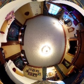 Take a look around a Royal Room here at Disney's Port Orleans Riverside! #theta360