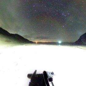 #長崎県 #野崎島 の砂浜から撮影した星空 の 全球画像。 野崎島は ほぼ無人島なので星だらけ。クリックしてグリグリ動かしてみてください。